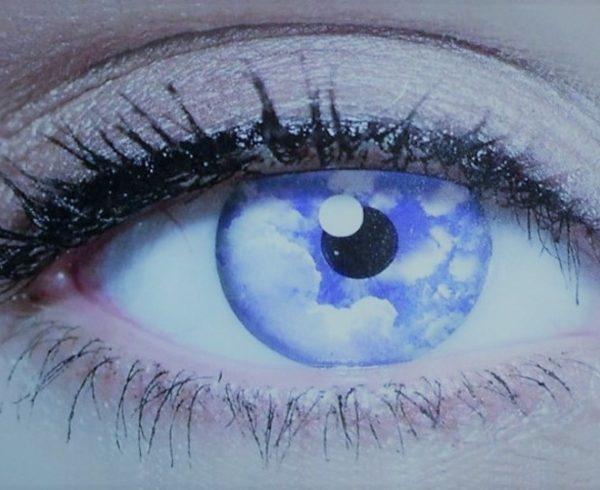 cloud-comunicazione-visione-prospettive-occhio